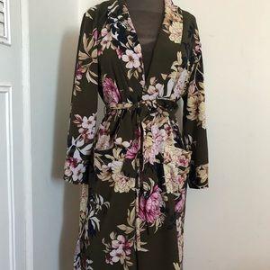 New York & Company Other - Robe/kimono